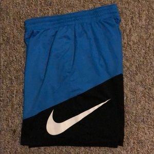 🏀🏈 Men's Nike athletic shorts ⚽️🎾